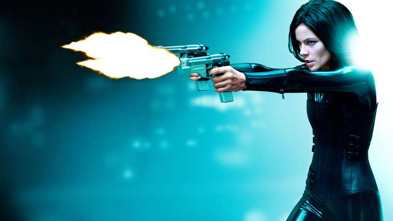 kate-beckinsale-3840x2160-underworld-awakening-4k-2211.jpg