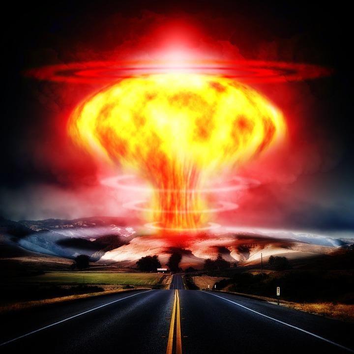 nuclear-explosion-356108_960_720.jpg